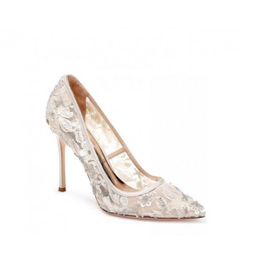 Badgley Mischka Lace Pump